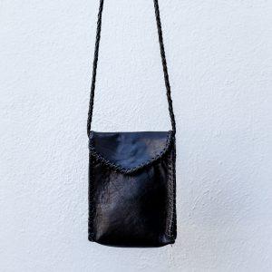 black pepite